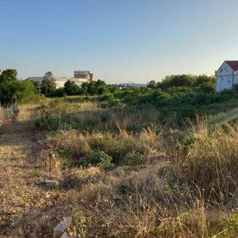 ZADAR (CRVENE KUĆE )-GRAĐEVINSKO ZEMLJIŠTE 1223 M2